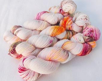 Handdyed SockYarn, 75 Wool, 25 Polyamid 100g 3.5 oz. Nr. 782