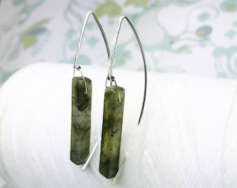 Sterling Silver - Labradorite Threaders / silver threader earrings /green earrings / contemporary earrings / modern minimalist earrings