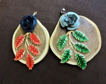 Ethnic pendant, Jewelry Supplies, Wood Pendant with Metal Work, Necklace Pendant, Flower Pendant, Charm Pendant,Indian - 1 pc Green