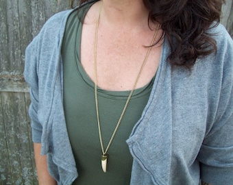 Antiqued gold chain necklace - boho bohemian - faux tooth, claw pendant, Tooth, Tusk Pendant Necklace