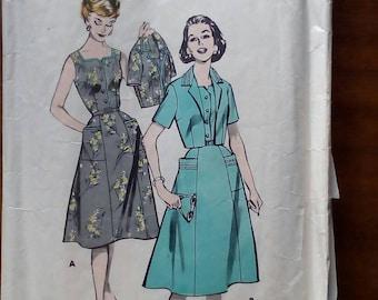 "1950s Dress - 36"" Bust - Butterick 579 - Vintage Sewing Pattern"