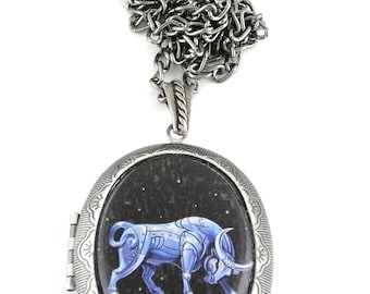 Taurus Locket & Gift bag, Astrology Locket, Necklace, Taurus Necklace, Taurus Jewellery, Locket, Gift, Bull, Jewellery, Jewelry, Zodiac