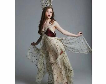 Game of Thrones, Mother of dragons, bohemian, alternative, romantic, roselet, wedding dress
