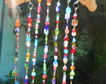 Rainbow suncatcher windchimes – Driftwood art – Hanging mobile – Boho chic décor – Garden ornament - Glass suncatcher - Boho wall hanging