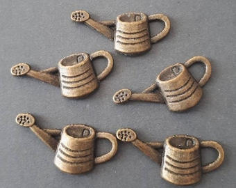6pcs- bronze tone watering can charm-  brass sprinkling charm