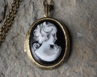 "CAMEO LOCKET-- Victorian Woman Portrait Cameo - Hand Painted -  2"" long--- Bronze - Antique Look--- Great Quality!!"