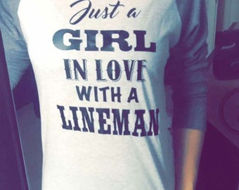 Just a girl in love with a Lineman!!