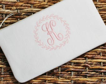 Personalized Linen Clutch- Wristlet - Bridesmaid Clutch - Natural, Ivory, White, Grey - Wedding Clutch