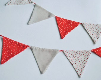 Garland  with 9 triangle shape flags, design with the stars, 1.6 m
