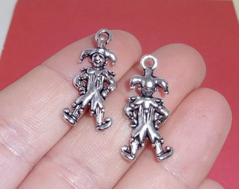 10 Jester Charms 25x12x6mm, Hole: 2mm (2 sided)