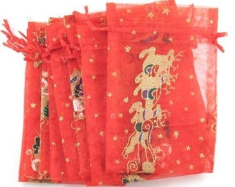 """10 Red Sheer Fabric Christmas Sleigh & Reindeer Pouches Gift Bags 4"""" x 5 1/2"""""""