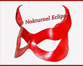 Red Catwoman Leather Mask with Little Cat Ears Masquerade Fetish Comic Con Super Hero Halloween Costume Cosplay
