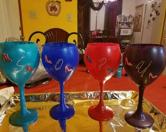 Drinkable Painted Wine Glasses