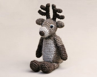 Crochet amigurumi reindeer pattern rudolph red nosed