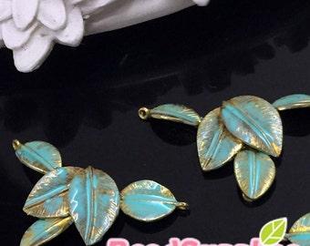 CH-EX-02069ERX -Brass,5 dangling leaves, Erinite, 4 pcs