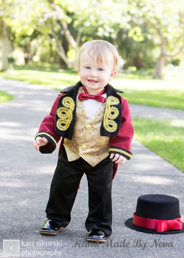 ?zoom  sc 1 st  Etsy & RingMaster Costume Circus Ring Leader Baby Photo Props