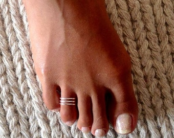 Beautiful Sterling Silver Toe Ring - Adjustable Toe Ring - Plain Toe Ring - Foot Accessories - Midi Toe Ring - Band Toe Ring - Toering  (T8)
