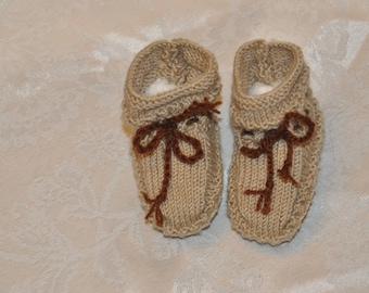 beige and Brown shoe size from newborn to 6 months