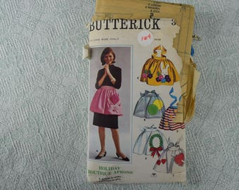 Butterick Sewing Pattern 3306 aprons from the 1970s