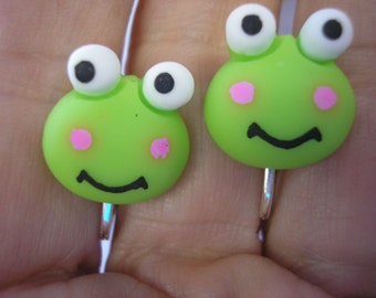 """Play Earring - Frog - Clip or Pierced - 1/2"""""""