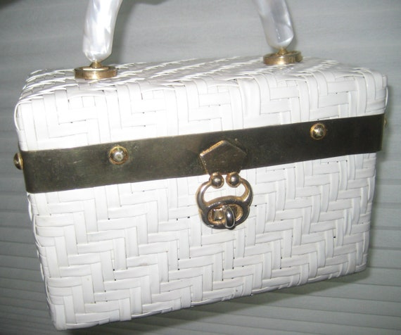 Gorgeous White Wicker Box Bag
