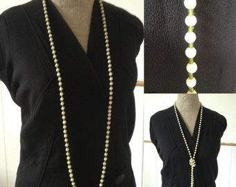 Vintage 1920s 1930s cream and green beaded necklace Flapper Gatsby