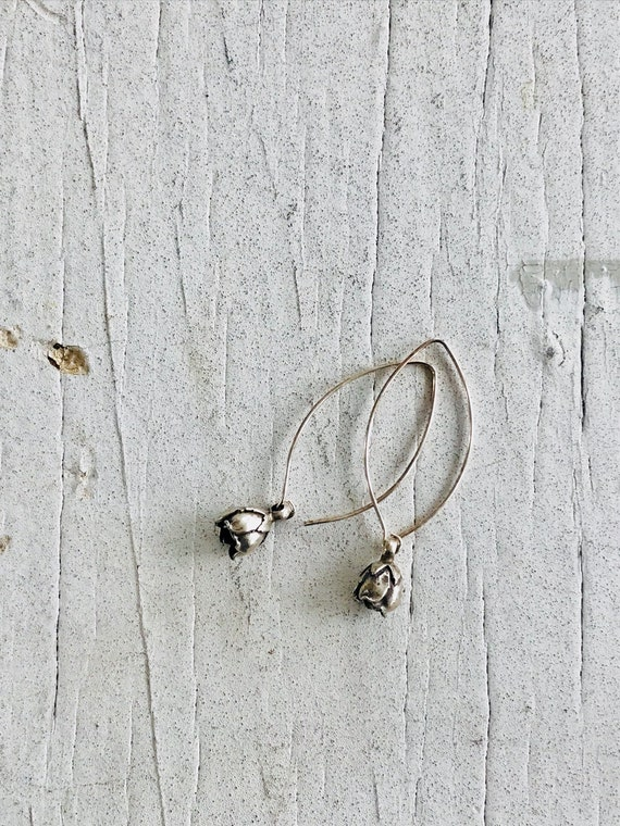 Rosebud. Handcrafted fine silver rosebud drop earrings.