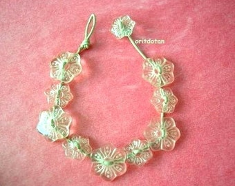 Made to order-Button jewelry, bracelet made of vintage flower glass buttons on leather cord