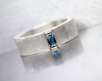 Small Blue Tourmaline Wedding Band Baguette Cut Gemstone Wide Silver 14K Yellow Gold Ring Solid Minimalistic Subtle Design - Indicolite Bar