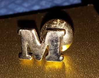 """Avon """"M"""" tac pin"""