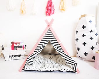 Dog house - Pink Frame teepee tent (Standard size)