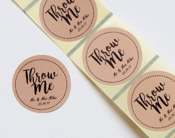 50 x 45mm round brown kraft personalized throw me stickers- wedding confetti bags