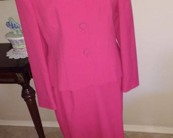 Beautiful ladies suit, Size Size 12