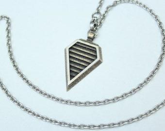 Ferro Rod Striker - Fire Starter - Arrow Head Necklace - Made of Steel