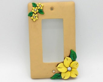 Yellow Flower Switchplate; Single Light Switch Cover; Rocker or Decora Switch; Polymer Clay Switch Plate; Style #:YEF01