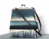 Shoulder bag, leather strap, cross-body kisslock purse frame, blue stripe, raindrops, silver, STORM