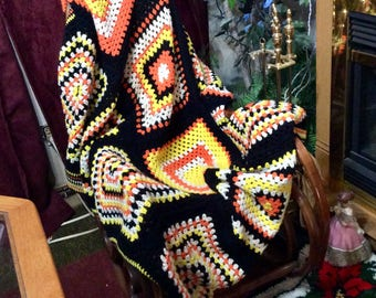 Vintage handmade crocheted granny square afghan blanket throw