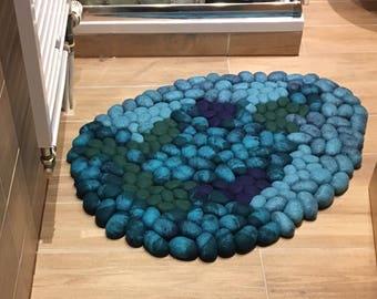 Felt stone rug wool turquoise
