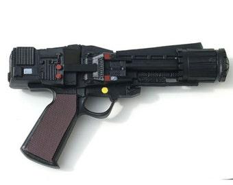 Battlestar galactica original 1970's TV series prop resin blaster