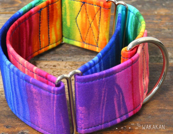 Martingale dog collar model Paint. Adjustable and handmade with 100% cotton fabric. Rainbow fabric. Wakakan