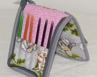 """12 pair capacity Interchangeable knitting needle crochet hook case for 3.5"""" to 6.25"""" in length to size 9 Large flowers, floral"""