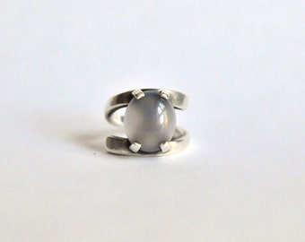 MOON. Silver ring with gem of your choice