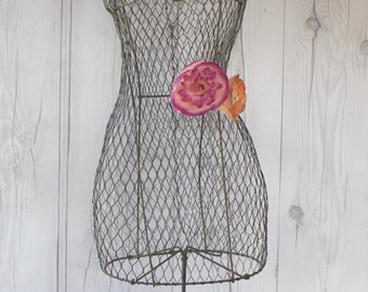Vintage Large French Wire Mannequin Dress Form, Vintage Jewelry Display, Vintage Accessory Store Display
