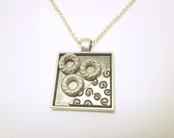 PENDANT Modern Original Pendant Brushed Silver Pendant Tray Abstract Design Matching Silver Chain