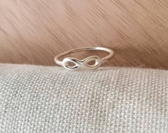 Infinity midi ring silver