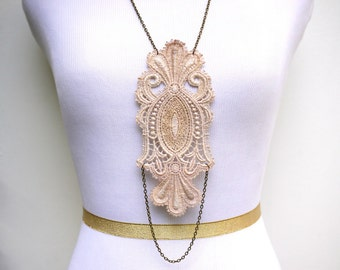 Lace Statement Necklace in Ivory