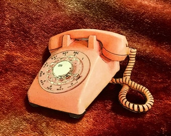 Hello-Hello Wooden Pink Telephone Brooch