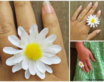 Daisy ring, white daisy ring, adjustable flower ring, daisy jewelry, accessories, daisy flower ring