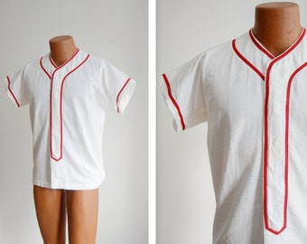 """1970s/1980s White and Red Baseball Style Shirt - 40"""" Chest"""