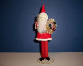Vintage 1940's Santa, Pipe Cleaner, Celluloid Face, Bottle Brush Wreath